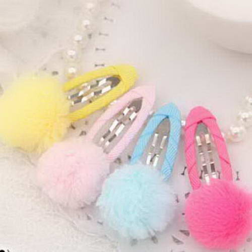 Pom pom hair clips