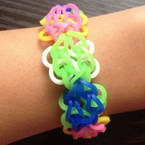 Loom Band Flower Bracelet