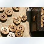 Coconut buttons, 1.2cm x 1.2cm x 0.2cm, 5pieces